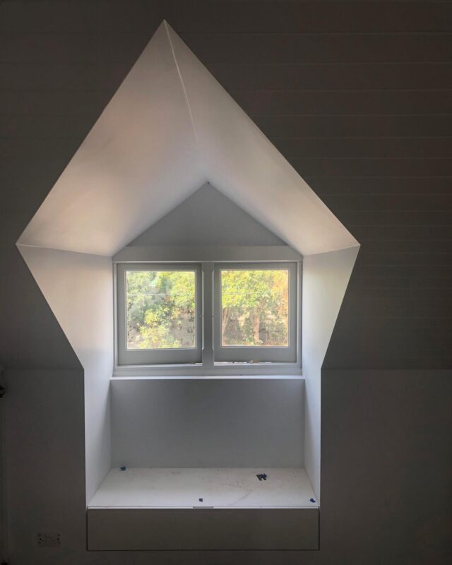 """Rooth Vader 🏠 one of those delightful """"accident"""" that we couldn't see on paper, it's pure trigonometry 📐 . #EATCarpentersSquareHouse #caufield #architectseat® #eatinteriors #eathouses™ #roofconversion"""