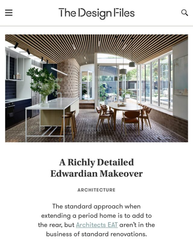 #EATCarpentersSquareHouse in the @thedesignfiles 🙏🙏🙏 . Thanks for the good people and the team involved: Builder: @mckerliebuilders  Joiner:  @marant_industries  Landscape: @mudoffice  Bricklayer: @houseofbricksbybrett  Furniture Art & Styling: @sweedesign  My team at EAT: @sarah.magennis @rach_lowenstrauss @alice_nadja @huichuenchuang  . Photo by @derek_swalwell  . #architectseat® #eatinteriors #eathouses™ #eatinthemedia #residentialarchitecture #residential #residentialdesign #interiordesign #interiorstyling #interiors #homedecor #homedesign #homeinspo #homestyling