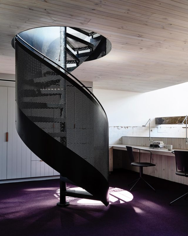 Sick of your WFH setup? We are going to show a few we have done over the years for your inspiration in the next couple of posts. . #EATFitzroyLoft has the home office overlooking the library void, and a spiral staircase leading up to a sunny roof deck 🌞 . #architectseat® #eatinteriors #eathouses™ #workfromhome #fitzroy #homedesign #interiordesign #warehouseconversion #homeinspo 📸 @derek_swalwell